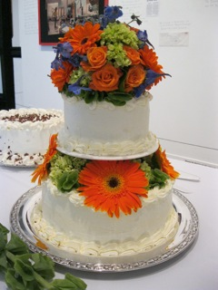 Big Flowered Wedding Cake